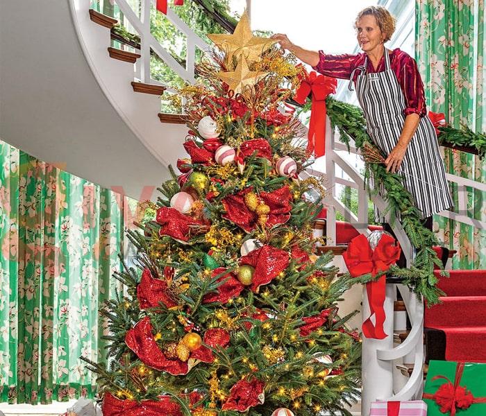 Hướng dẫn trang trí đèn cây thông Giáng Sinh 10