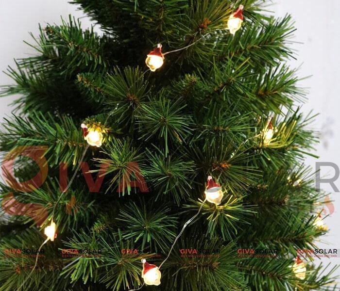 Hướng dẫn trang trí đèn cây thông Giáng Sinh 3