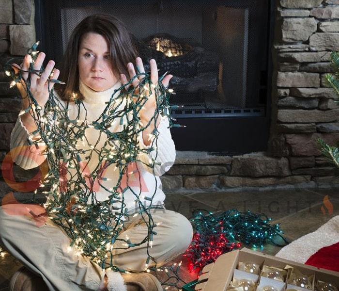 Hướng dẫn trang trí đèn cây thông Giáng Sinh 4