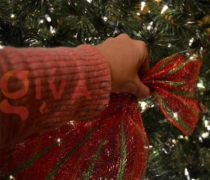 Hướng dẫn trang trí đèn cây thông Giáng Sinh 7