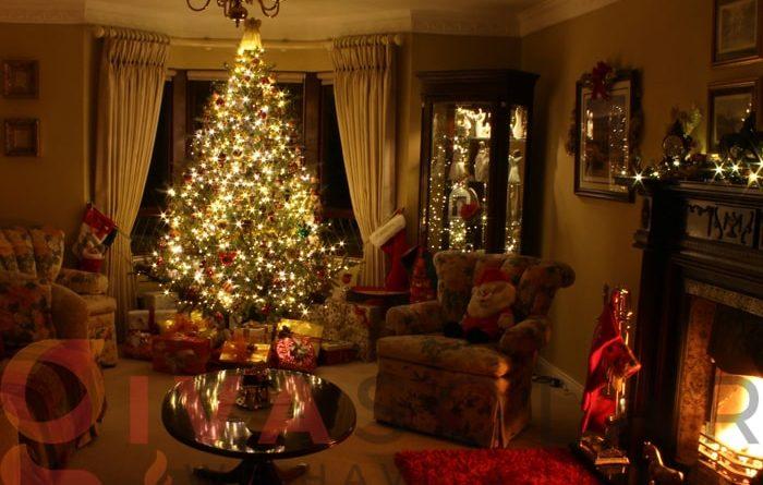 Hướng dẫn trang trí đèn cây thông Giáng Sinh