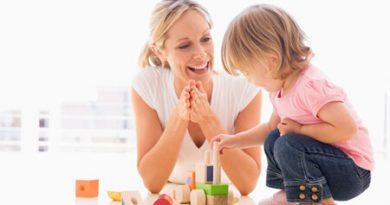 8 bài học vô giá của cha mẹ dành cho con
